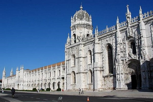 Jerónimos-Monastery (1)